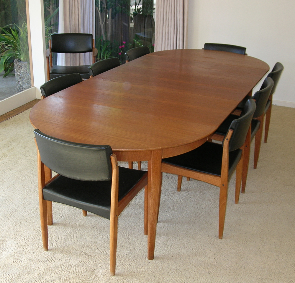 1960s Sorø Sole Teak Dining Room Table 9 Chairs & Pads Mid